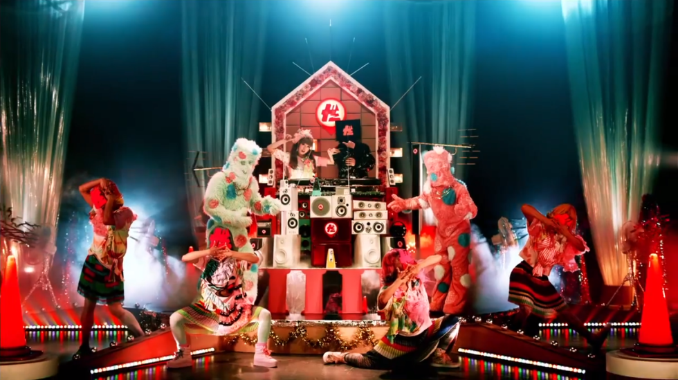 Though it still looks better than the majority of J-Pop videos I review, so at least there's that.