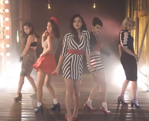 Spica-You-Don't-Love-You-Outfits