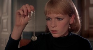 rosemarys-baby-1968-mia-farrow-necklace